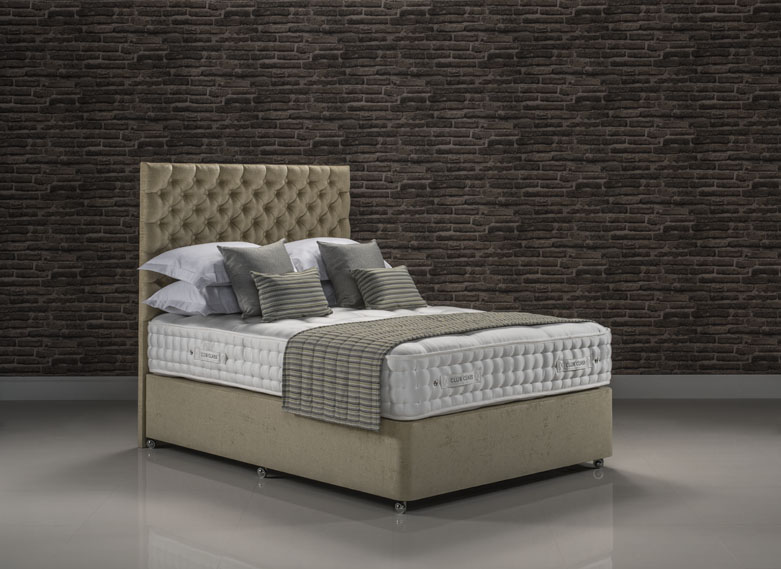 Club Class bed set upholstered in Presto Wheat